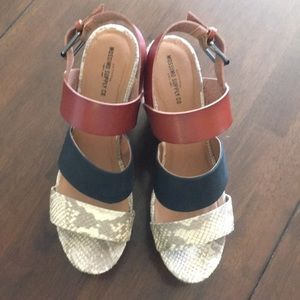 Mossimo Wedges  size 11